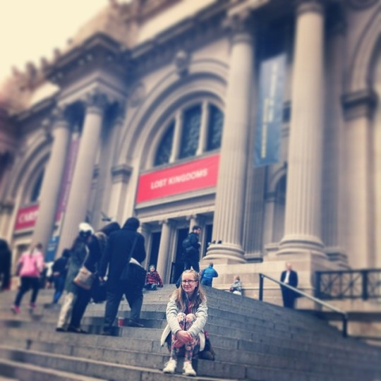 Living out my Gossip Girl fantasy sitting on the steps of the MET. You think Blaire Waldorf would let me borrow a headband?