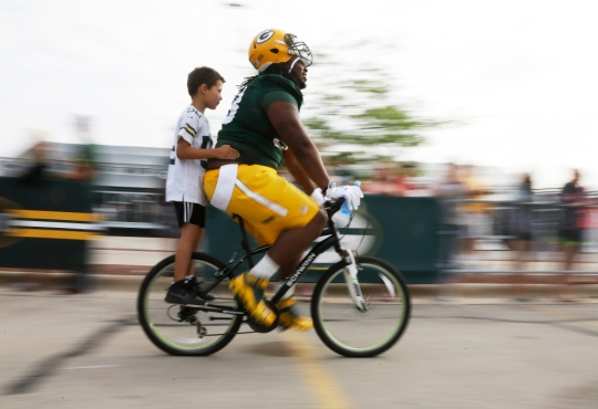 AP PACKERS CAMP FOOTBALL S FBN USA WI