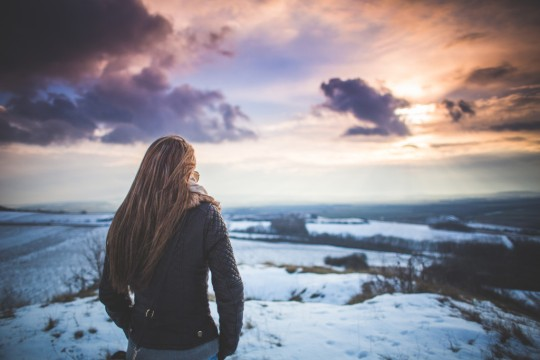 Girl-looking-winter-sunset-1024x683