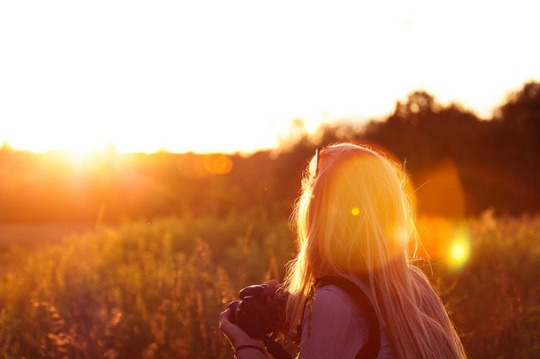 Favim.com-girl-photo-summer-sun-sunset-field-200469