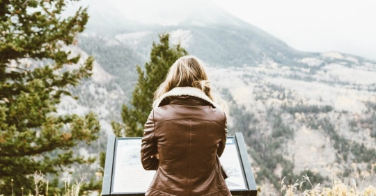 36695-woman-mountains-hiking-pexels.1200w.tn
